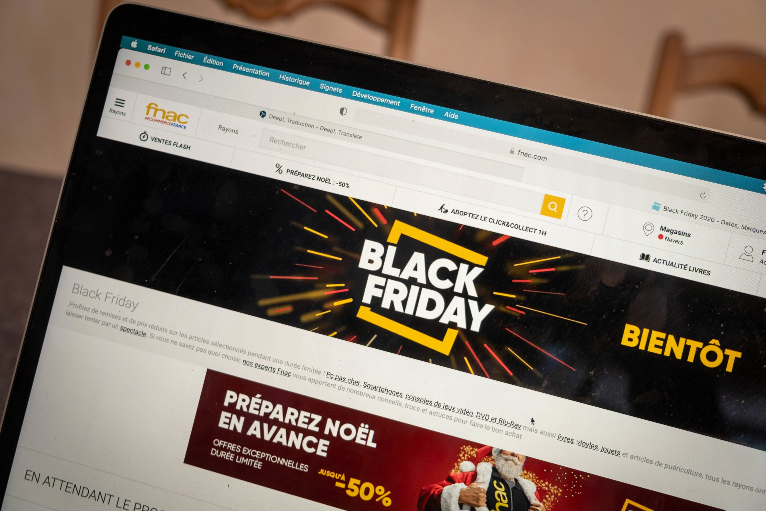 The holding of Black Friday in France in 2020 is debated. The giant Amazon has already announced a postponement at the beginning of December. 22 November 2020, Florian Jannot-Caeilleté / APJ / Hans Lucas. La tenue du Black Friday en France en 2020 fait debat. Le geant Amazon a deja annonce un report début décembre. 22 novembre 2020, Florian Jannot-Caeilleté / APJ / Hans Lucas.