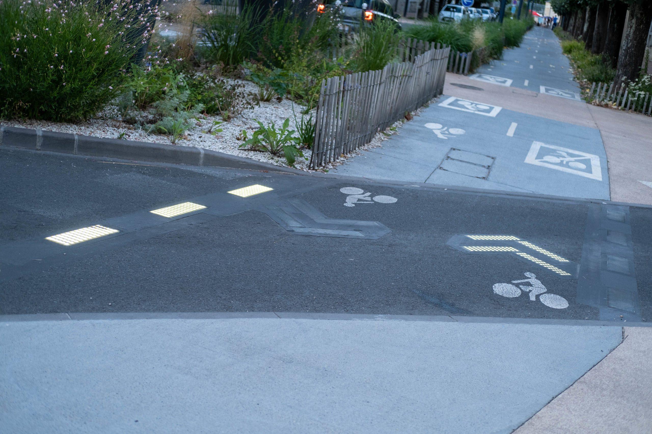 FRANCE, NEVERS, 2021/07/30. Illuminated crosswalk. Florian Jannot-Caeillete / APJ / Hans Lucas.FRANCE, NEVERS, 2021/07/30. Passage pieton lumineux. Florian Jannot-Caeillete / APJ / Hans Lucas.